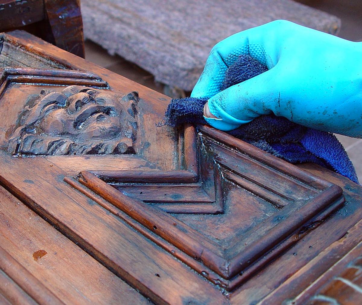 Consulenza restauro mobili antichi | Antiquando Genova
