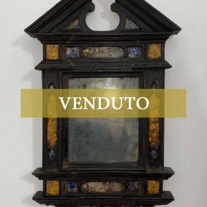 Antica cornice a tempietto ebanizzata con inserti in marmo del XVII secolo - 001