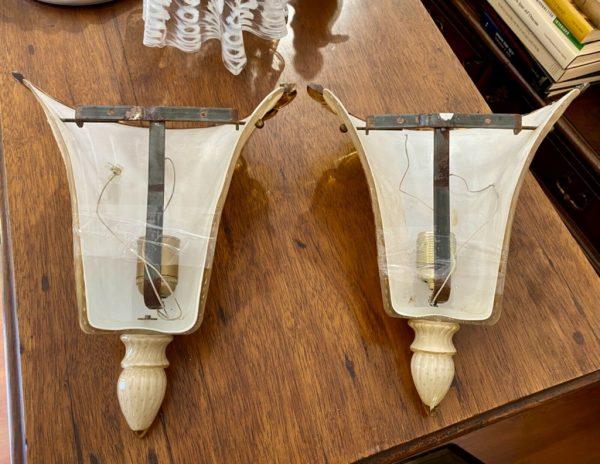 Coppia di appliques in vetro di Murano con struttura in ottone degli anni 1960-1970 - 004