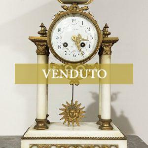 Antico orologio a pendolo in bronzo dorato e marmo del XIX secolo '800 - 001